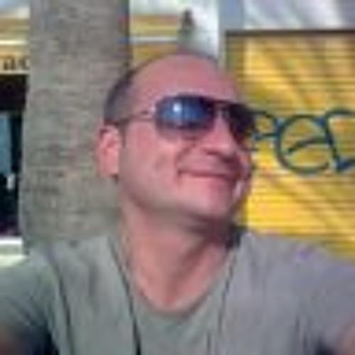 Andres Baez Gutierrez's avatar