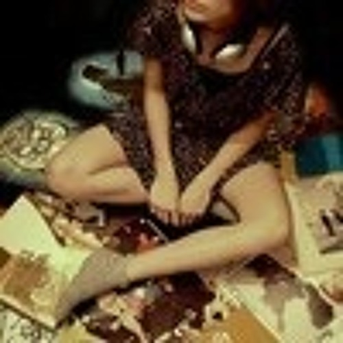 Melle Lee's avatar