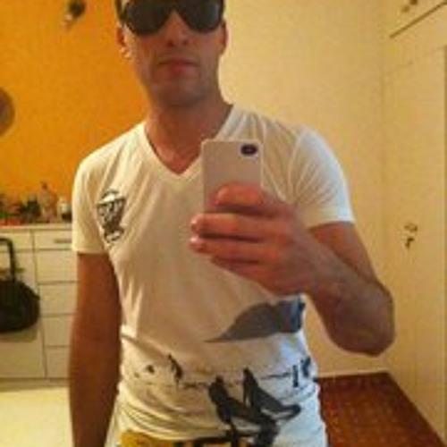 Ricardo Almeida Alexandre's avatar