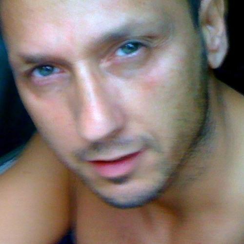 c.j 72's avatar