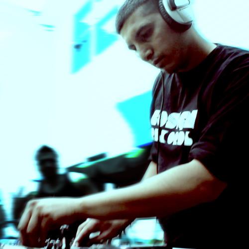 DJ Mayur's avatar