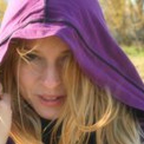 Varga Xénia's avatar