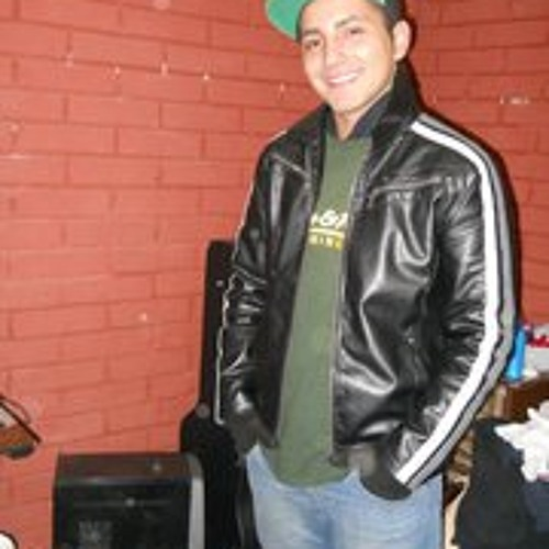 Esteban Riquelme's avatar