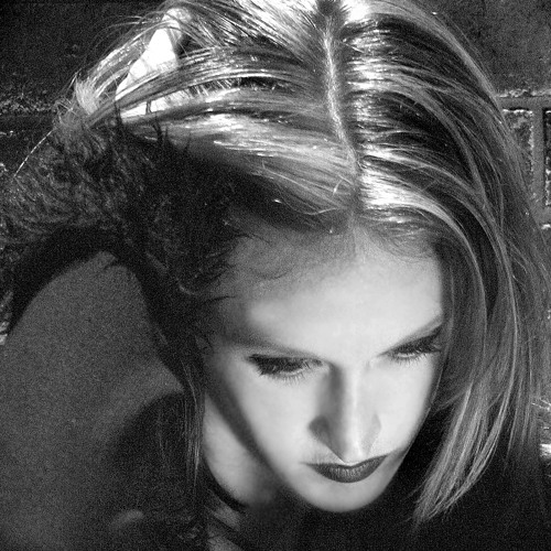 Monica Dennington's avatar
