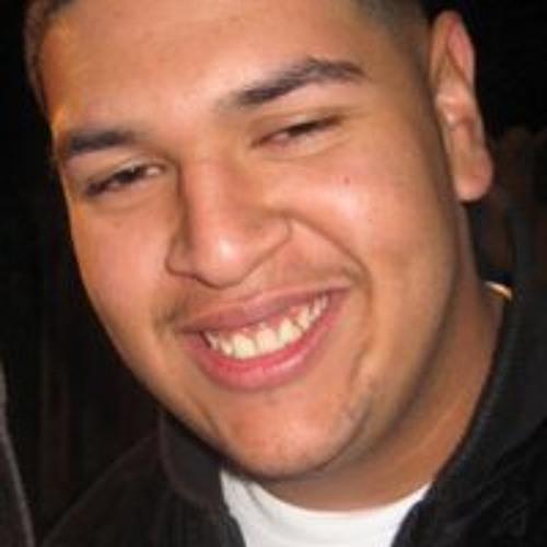 Israel Quintanilla's avatar