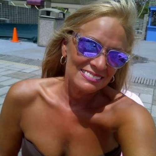 Constance_Renee's avatar