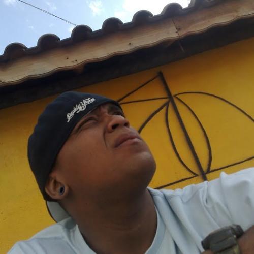 eduardo Junnior's avatar