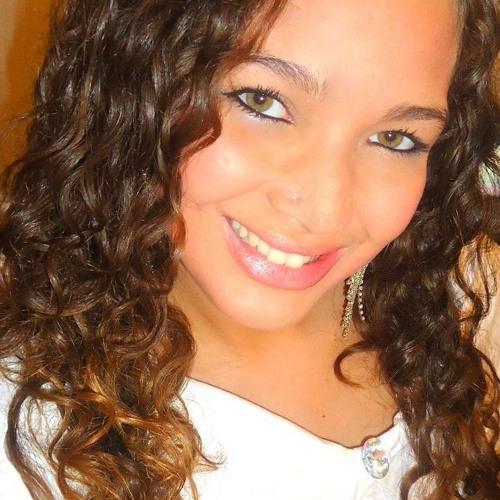 Agatha haddad's avatar