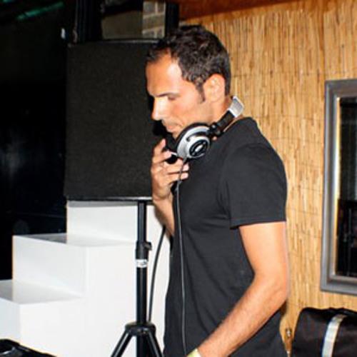 Esteban Oramor's avatar