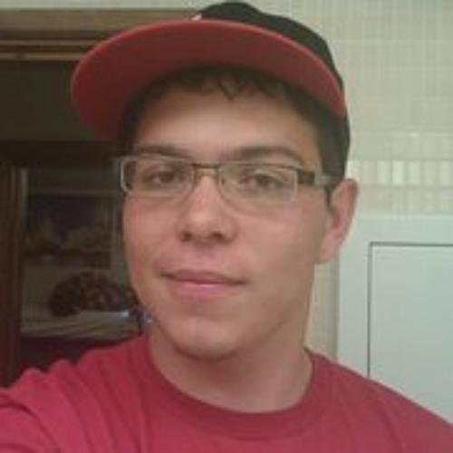 Derric L Romero's avatar