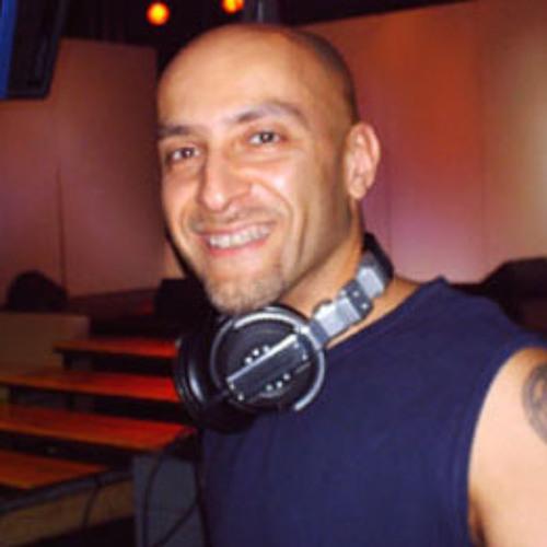 dj umbi's avatar