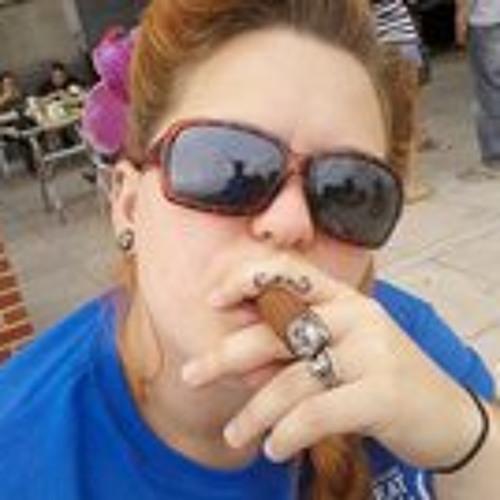 Marie Harvey's avatar