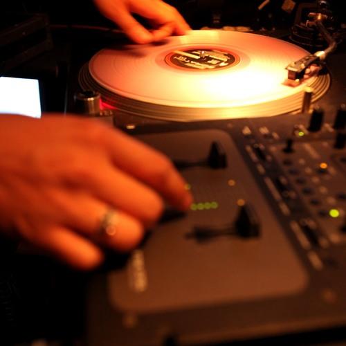 DJ Eazy-E's avatar