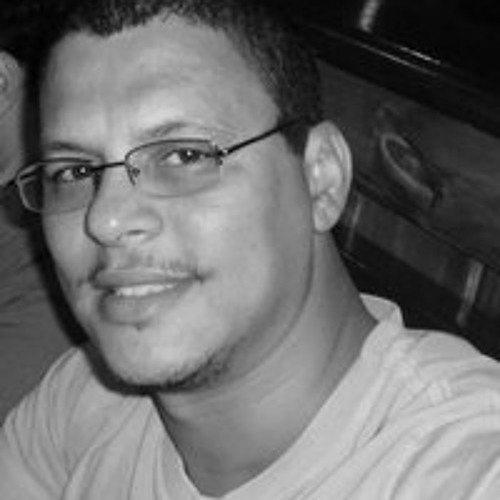 Estevão Rezende's avatar