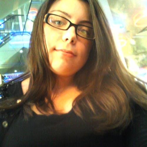 NicoleQuiejnay's avatar