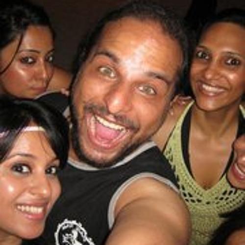 Arjun Thomas's avatar