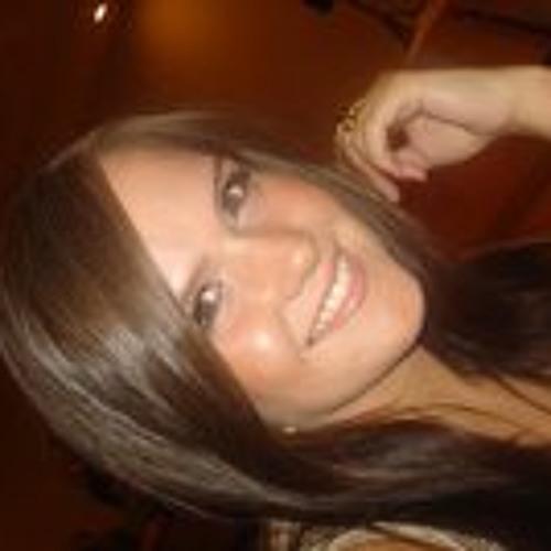 LeLe Albunio's avatar