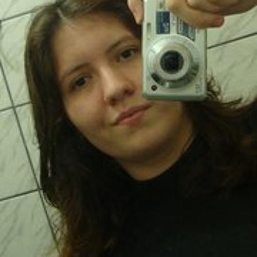 Jessica Oliveira's avatar