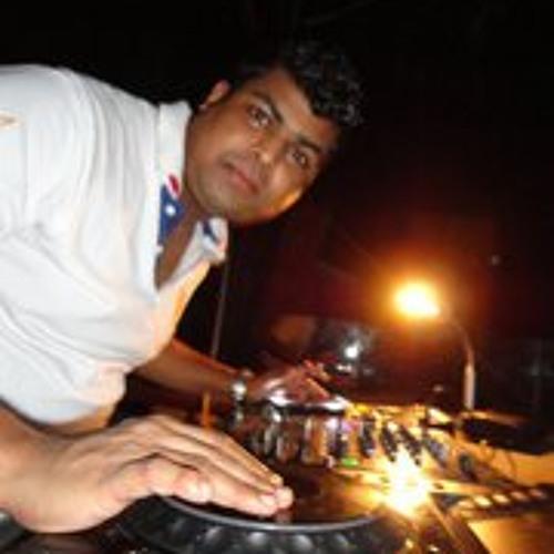 Rejeesh Madhavan's avatar
