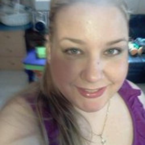 Elizabeth Collado's avatar
