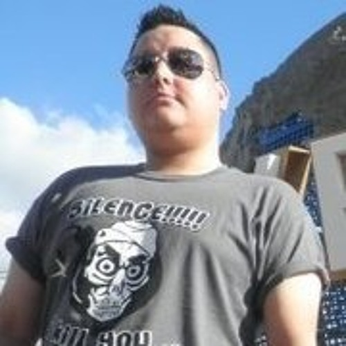 DJ Villan's avatar