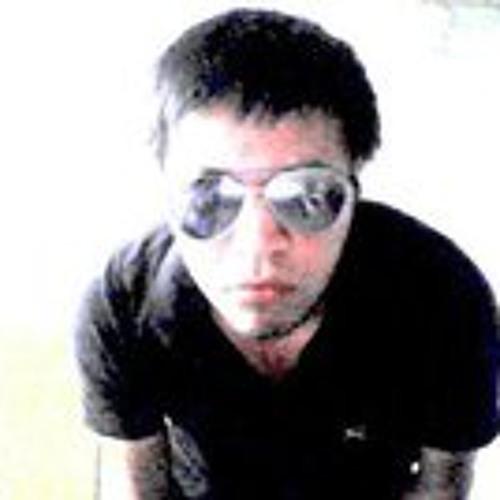 Emilio Cruz Q's avatar