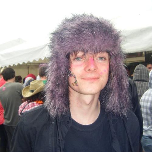 Emlyn Dewar's avatar