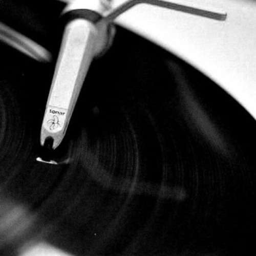 DJ Ernie D's avatar