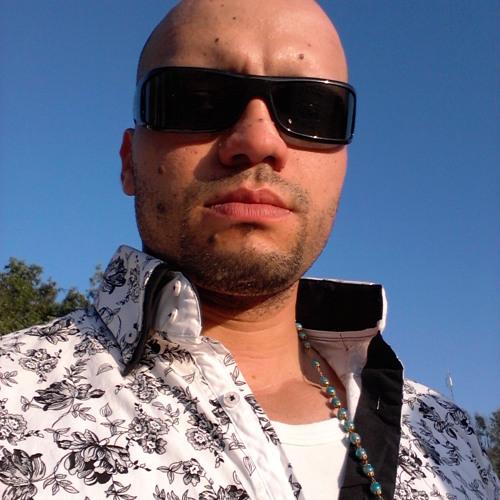 Latinosso's avatar