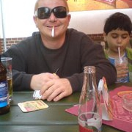 Tomas Lazor's avatar