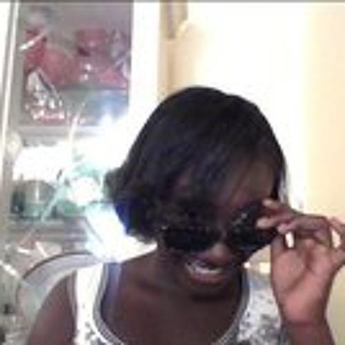 Maggie Minaj Osei's avatar
