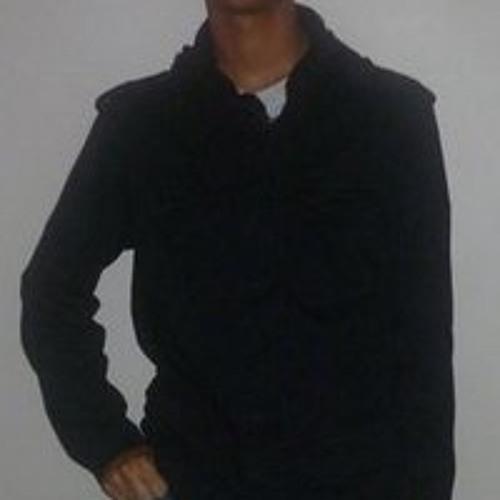 Luis Cosme's avatar