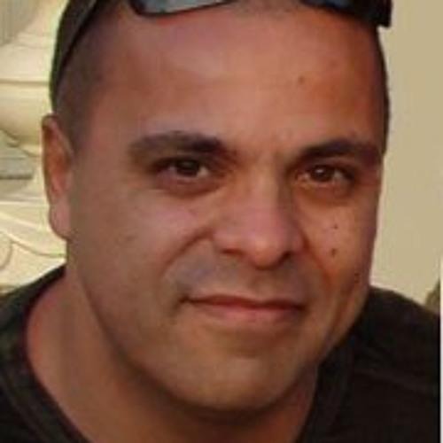 Johan Sopamena's avatar