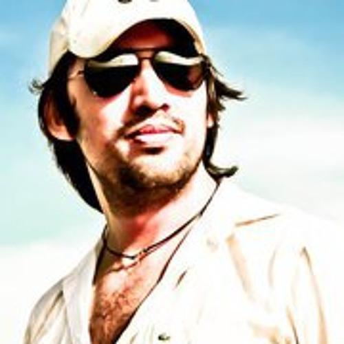 Emmanuel Vasconcelos's avatar