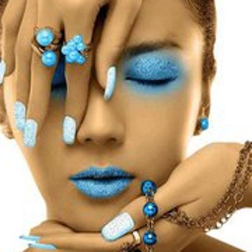 Emmeline Kazal Bis's avatar