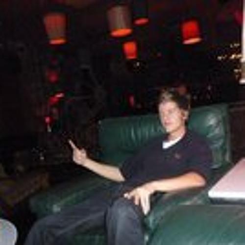 Fraser Ballantyne's avatar