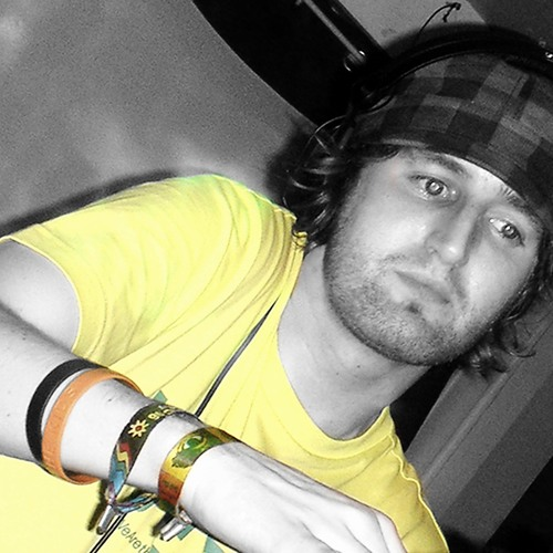 Giles K's avatar