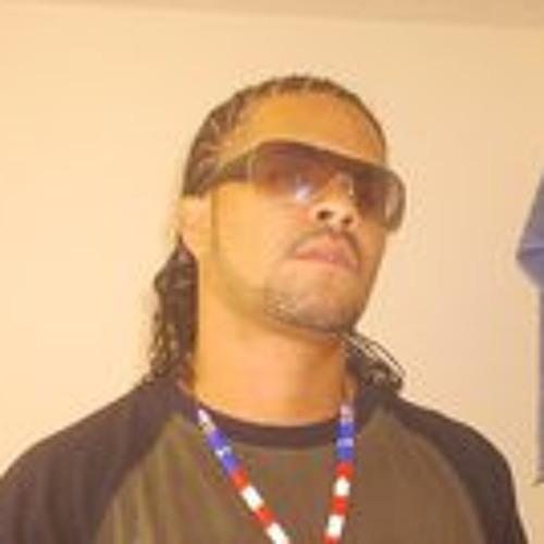 Michael Gabrielo Iglesias's avatar