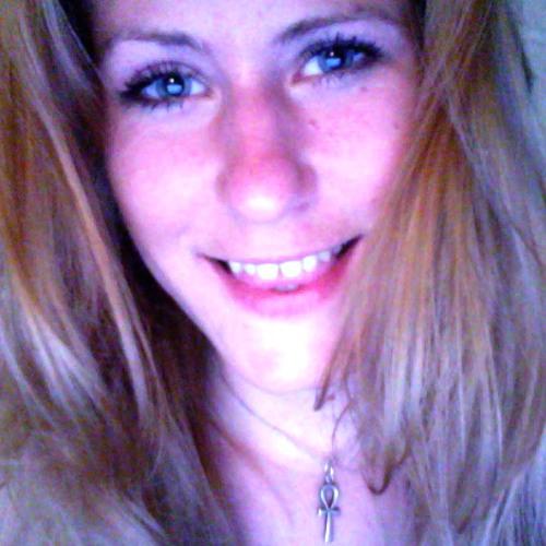 april-henderlong's avatar