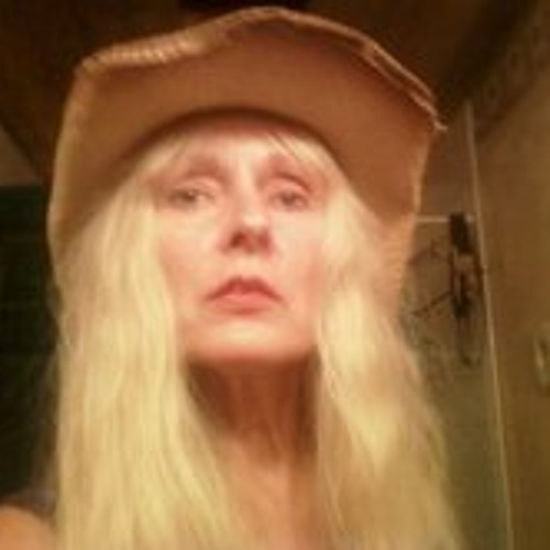 April Manning LeBlanc's avatar