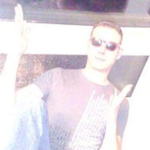 Benic Ergs's avatar