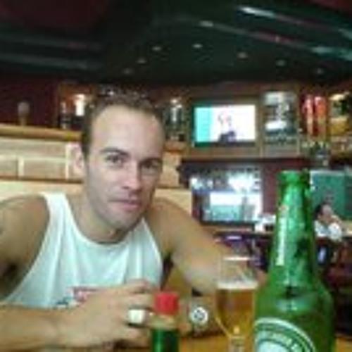 Henrique Siqueira's avatar