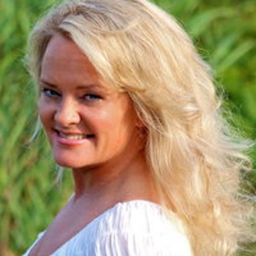 Jenn Royster's avatar