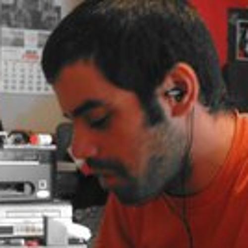 Gustavo Lagos's avatar