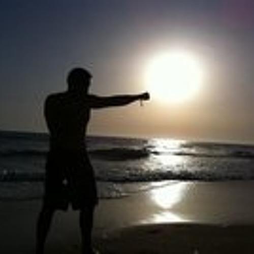 Alvarito Monterde's avatar