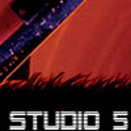 Studio 5's avatar