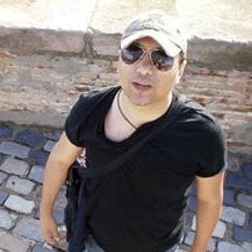 Ricardo Isotton's avatar