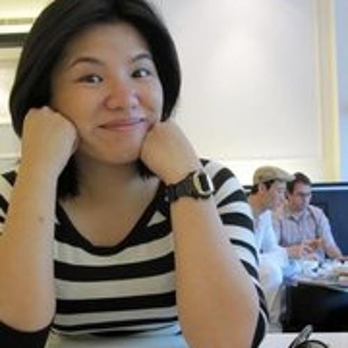 Rheia Ramos Yeo's avatar
