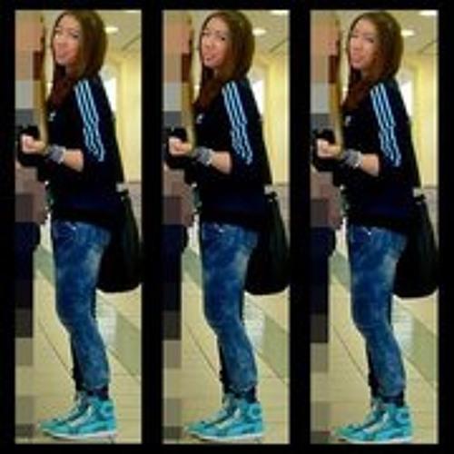 Jenny Wayne's avatar