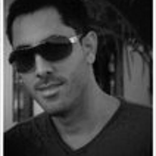 Leito Cardona's avatar